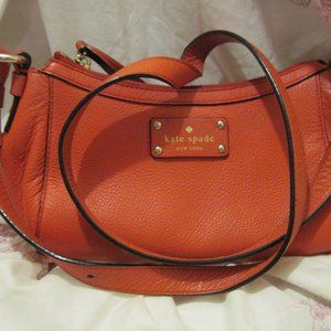 KATE SPADE NY RED PEBBLED LEATHER CROSSBODY